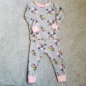 ⭐B2G1⭐Old Navy Gray Floral Pajamas 18-24m
